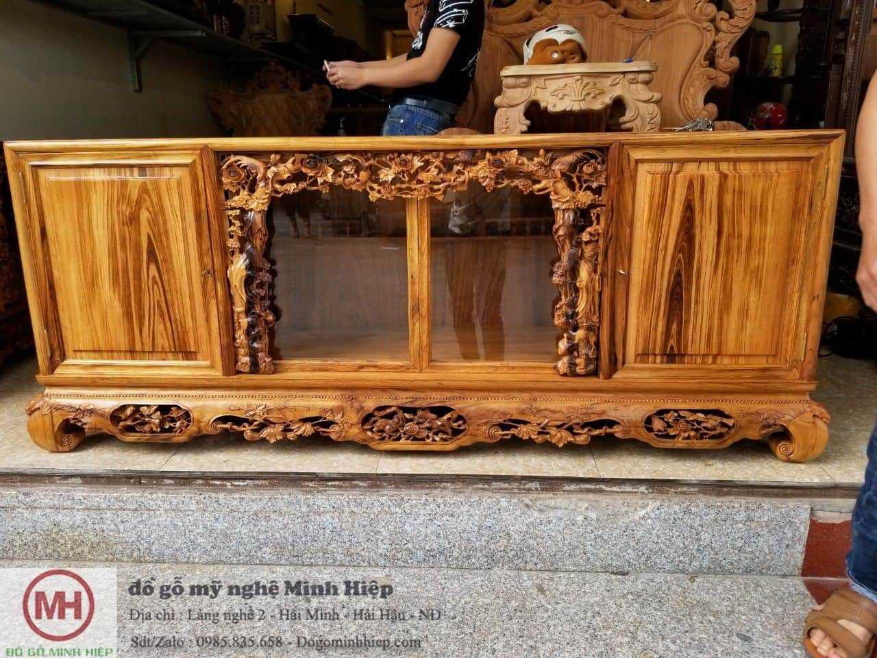 Tủ chè – hồng trĩ gỗ gụ ta cực đẹp